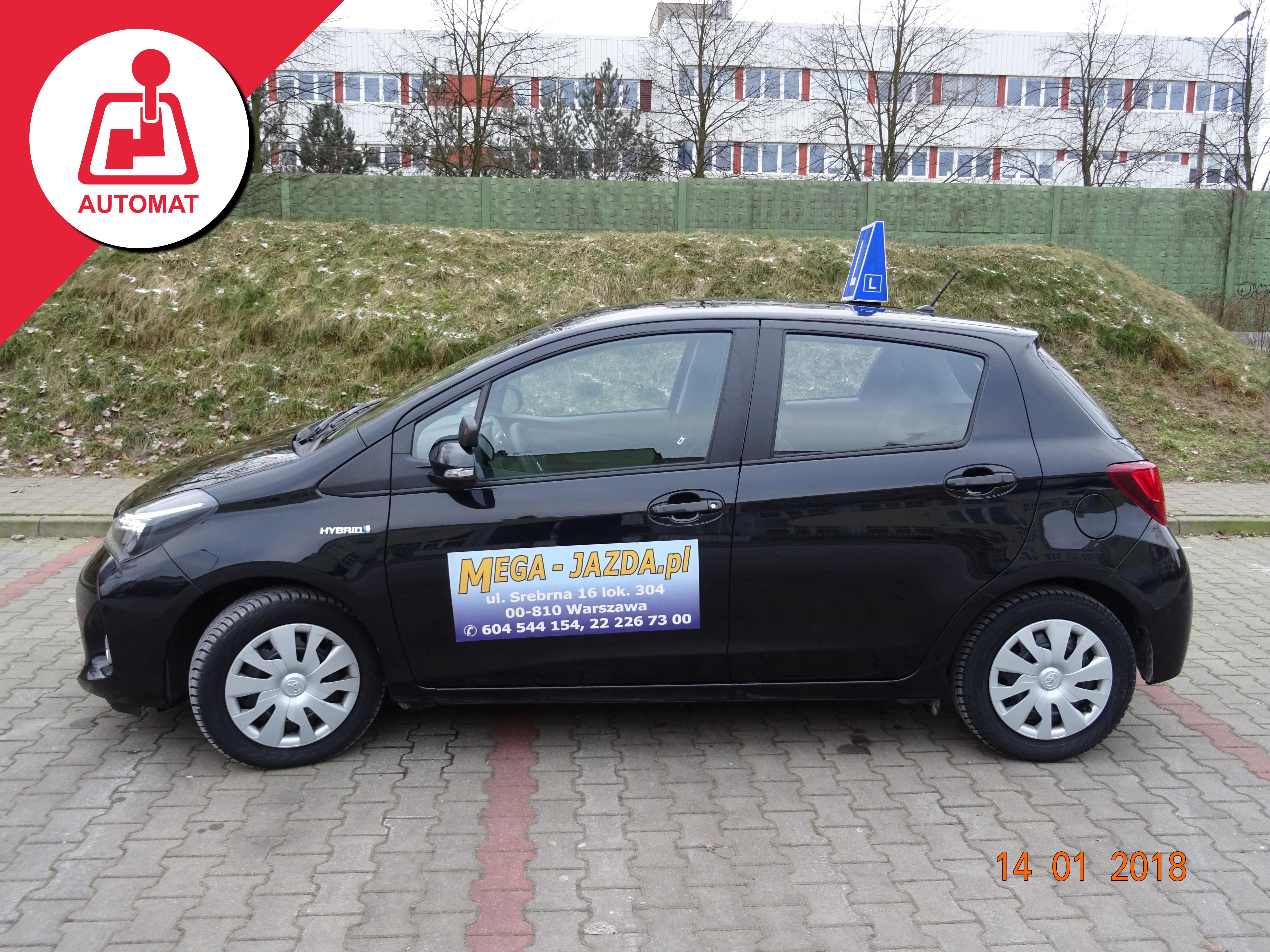 ToyotaYaris_Hybrid_Automat_nauka-jazdy-Warszawa_1