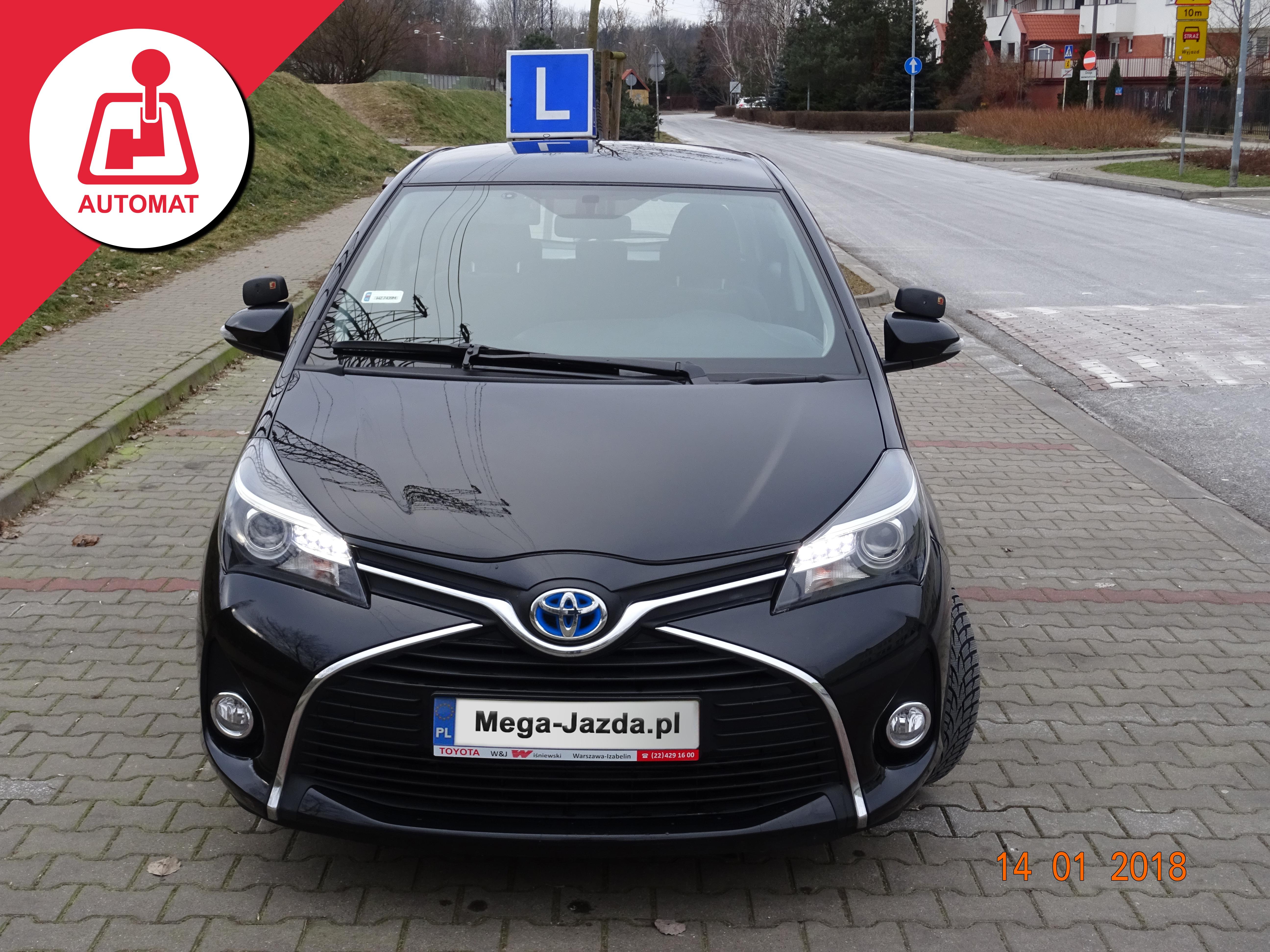 ToyotaYaris_Hybrid_Automat_nauka-jazdy-Warszawa_2